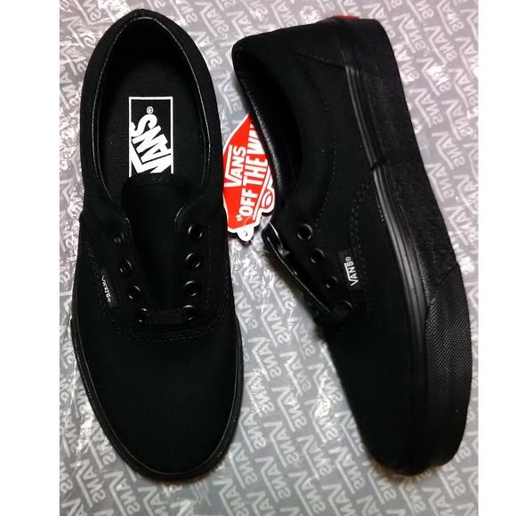 9dbefc1866 Vans Era black shoes - women size 5 - new
